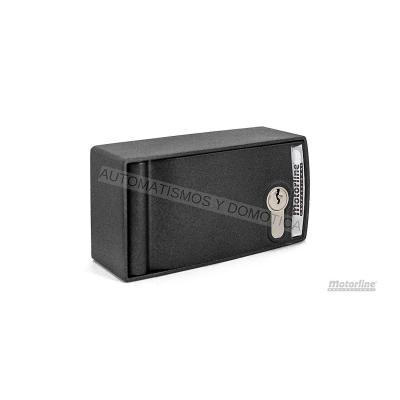 Caja de seguridad blindada para desbloqueo y accionamiento exterior para motor enrollable de persiana metalica comercial